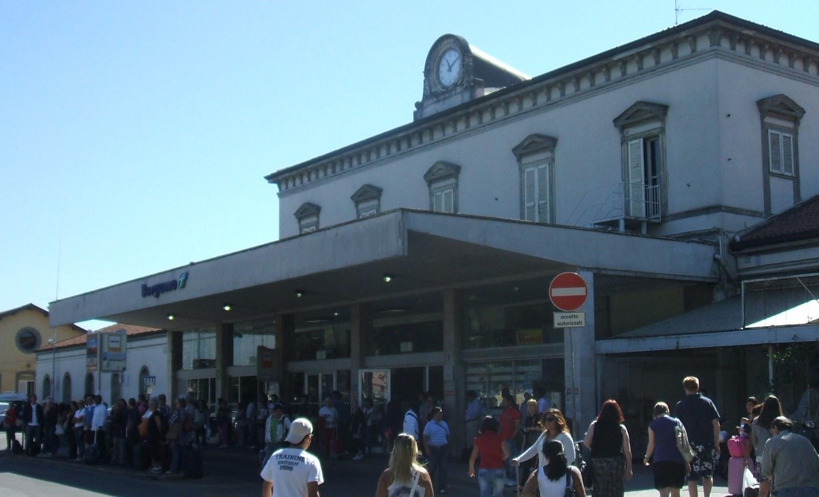 Car Hire Como Train Station