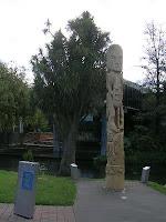 Maori Pole