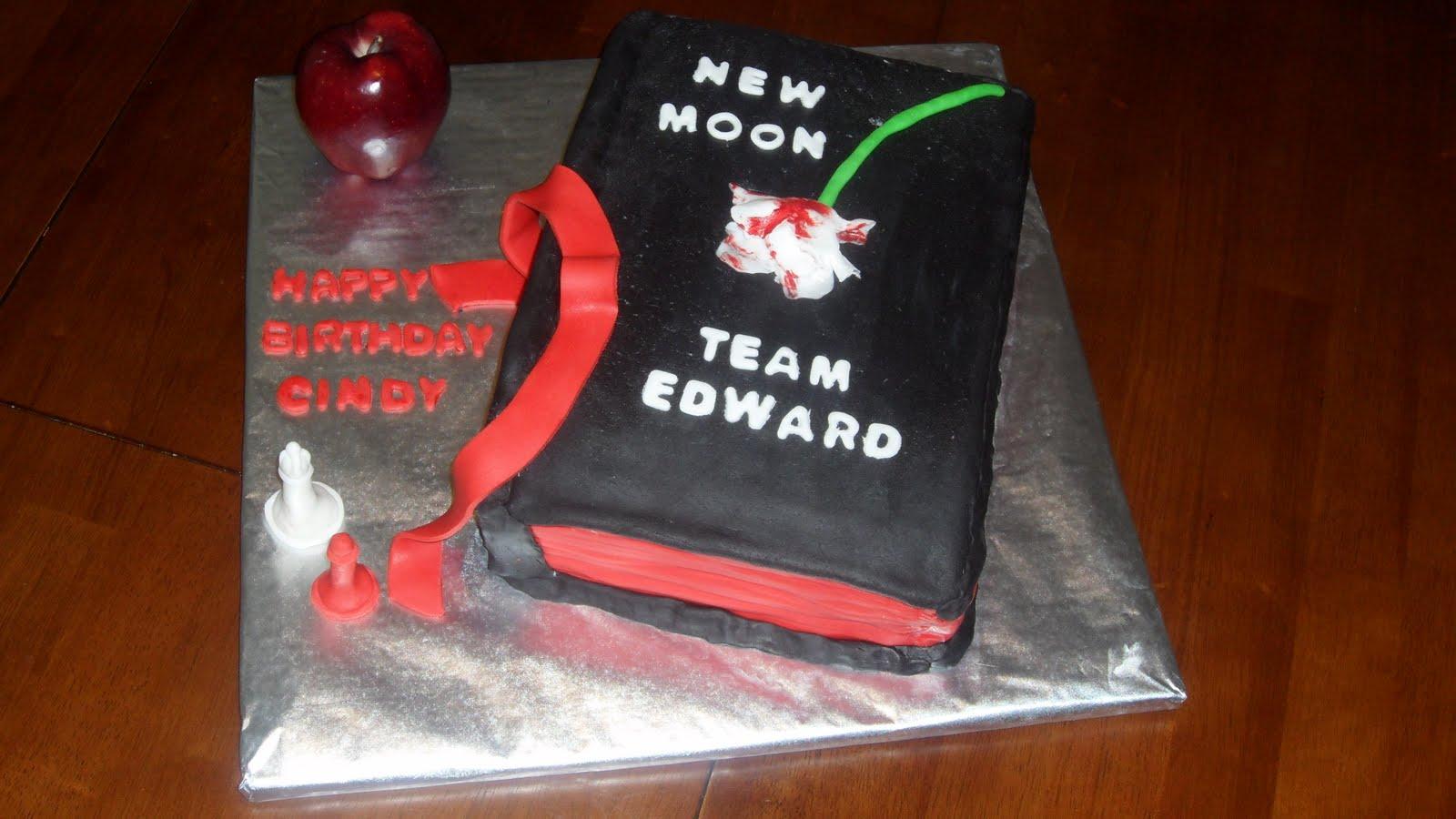 Three Sweet Cakes Twilight New Moon Book Cake
