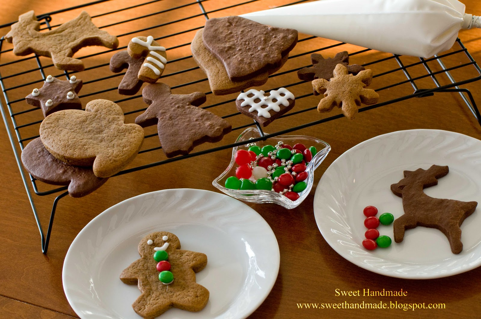 Sweet Handmade Cookies Holiday Cookie Decorating Kit