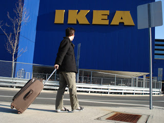 Mark Malkoff arriving at his New York Ikea for a short stay