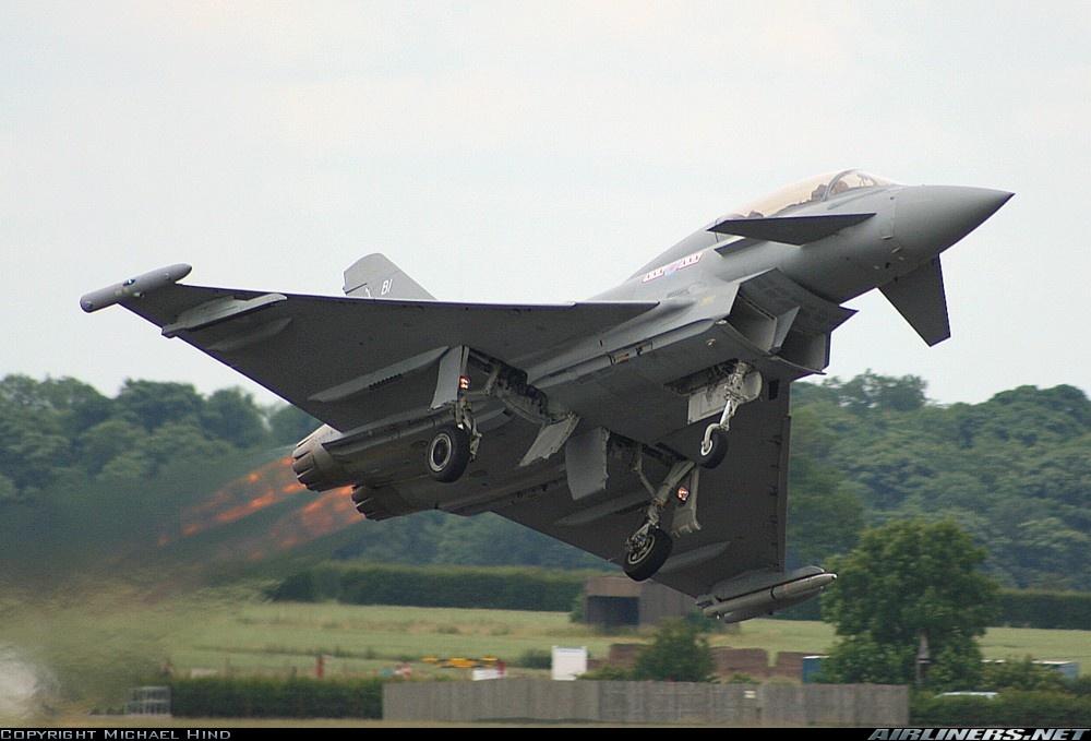 L'aéronef que vous aimeriez absolument piloter - Page 3 0994644