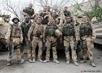 ... infanteridivisionen efter strider i Basra, 2007 (foto: Michael Yon