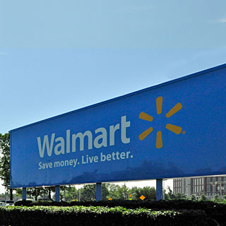 walmart good and bad essay Why wal-mart does not what is good enough for china is not good enough here at home wal-mart underfunds its health care first-person essays.