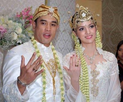 Dgr  178  laki d...Nia Ramadhani Wedding