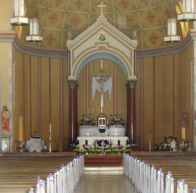 Saint Andrew Roman Catholic Church, in Lemay, Missouri, USA - nave