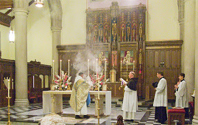 Saint Vincent de Paul Chapel, in Shrewsbury, Missouri - Canons Regular of the New Jerusalem, Mass of the Immaculate Conception, incensing