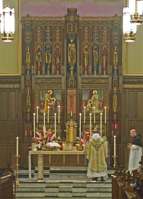 Saint Vincent de Paul Chapel, in Shrewsbury, Missouri - Canons Regular of the New Jerusalem, Mass of the Immaculate Conception, altar and reredoes