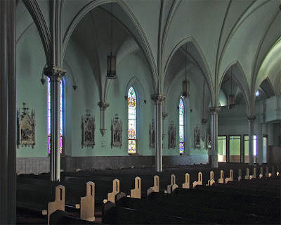 Immaculate Conception Catholic Church, in Columbia, Illinois, USA - view of side of nave