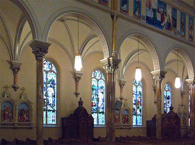 Saint Anthony of Padua Roman Catholic Church, in Saint Louis, Missouri, USA - view to side of nave