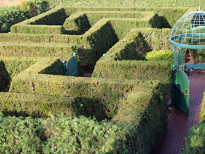 Missouri Botanical (Shaw's) Garden, in Saint Louis, Missouri, USA - hedge maze