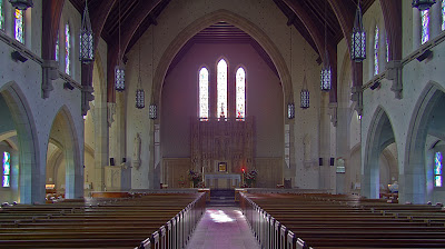 Saint Luke the Evangelist Church, in Richmond Heights, Missouri - nave