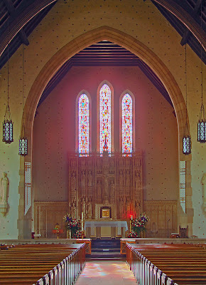 Saint Luke the Evangelist Church, in Richmond Heights, Missouri - sanctuary