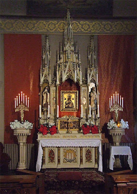 Saint Francis de Sales Oratory, in Saint Louis, Missouri, USA - Altar of Our Mother of Perpetual Help