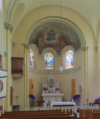 Shrine of Our Lady of Sorrows, in Starkenberg, Missouri, USA - nave