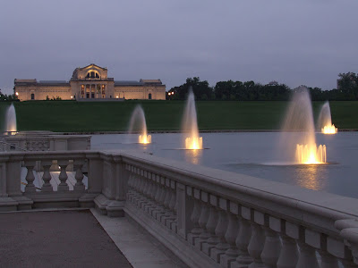 Saint Louis Art Museum and the Grand Basin, in Forest Park, in Saint Louis, Missouri, USA - fountains at dusk
