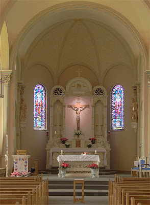 Saint Paul Roman Catholic Church, in Saint Paul, Missouri, USA - sanctuary