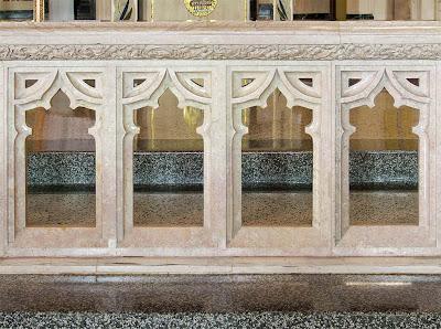 Sainte Genevieve du Bois Roman Catholic Church, in Warson Woods, Missouri, USA - communion rail