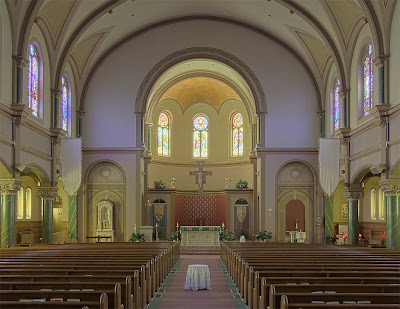 Saint Charles Borromeo Roman Catholic Church, in Saint Charles, Missouri, USA - nave
