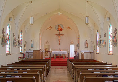 Immaculate Conception Roman Catholic Church, in Augusta, Missouri, USA - nave