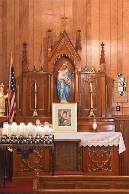 Saint Stephen Roman Catholic Church, in Richwoods, Missouri, USA - Altar of the Blessed Virgin Mary