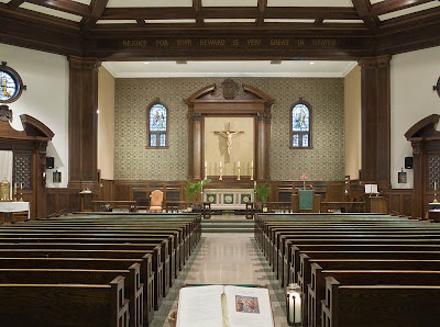 All Saints Roman Catholic Church, in University City, Missouri, USA - nave