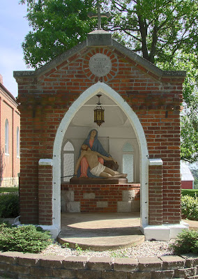 Photos of Saint John the Baptist Roman Catholic Church, in Gildehaus, Missouri, USA - Marian shrine