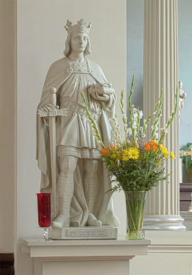 Basilica of Saint Louis, King of France, in Saint Louis, Missouri, USA - statue of Saint Louis IX, King of France