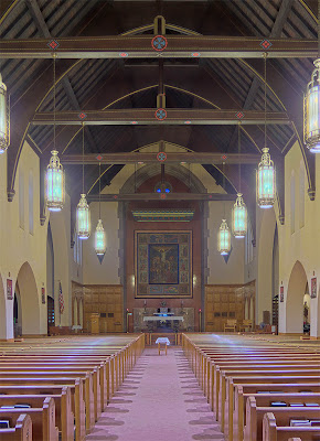 Saint Mary Magdalen Roman Catholic Church, in Brentwood, Missouri, USA - nave