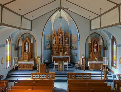 Saint Joseph Roman Catholic Church, in Chenoa, Illinois, USA - nave
