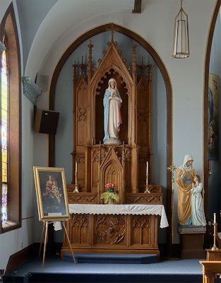 Saint Joseph Roman Catholic Church, in Chenoa, Illinois, USA - Altar of Mary