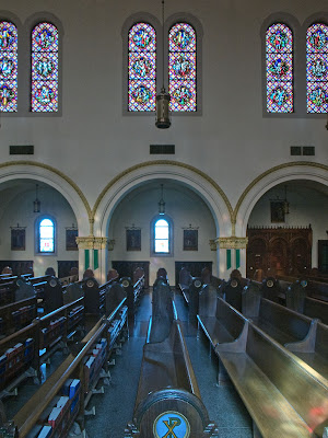 Saint George Roman Catholic Church, in Affton, Missouri, USA - view of side of nave