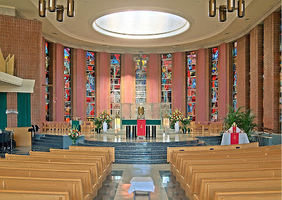 Saint Peter Roman Catholic Church, in Kirkwood, Missouri, USA - nave