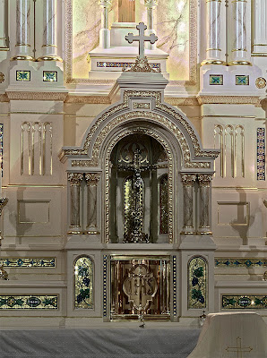 Saint John the Baptist Roman Catholic Church, in Saint Louis, Missouri, USA - tabernacle
