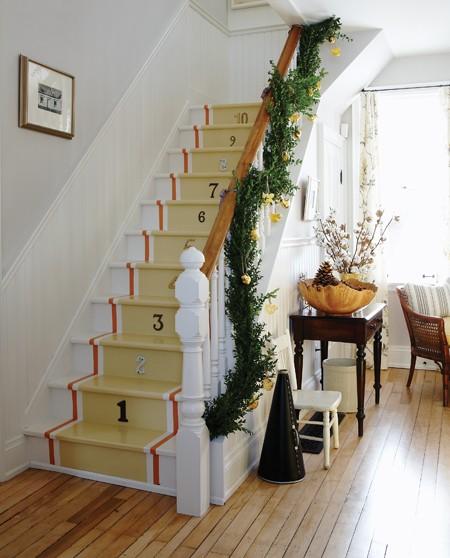 It's A Wannabe Decorator's Life: Sarah's Christmas Farmhouse