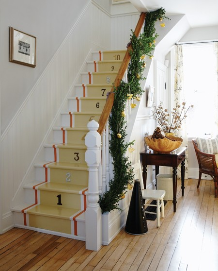 It's A Wannabe Decorator's Life: Sarah's Christmas Farmhouse