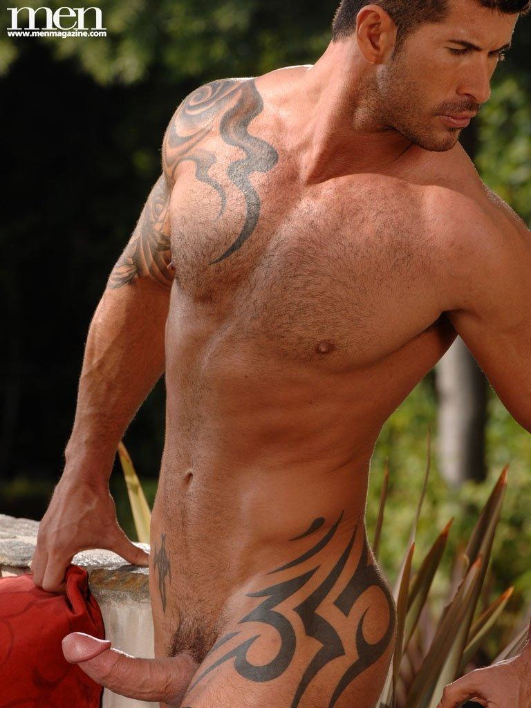 hot hung nude guys