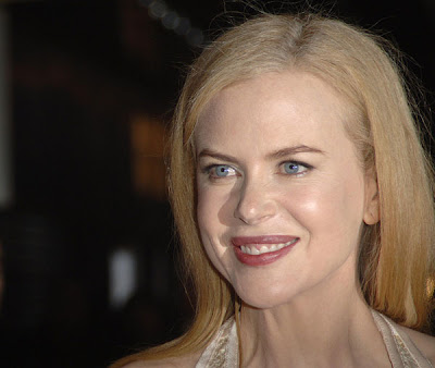 Nicole Kidman's face is so strange. She looks nothing like she used to,