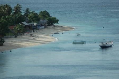 Pantai Tanjung Karang,Sulawesi Tengah
