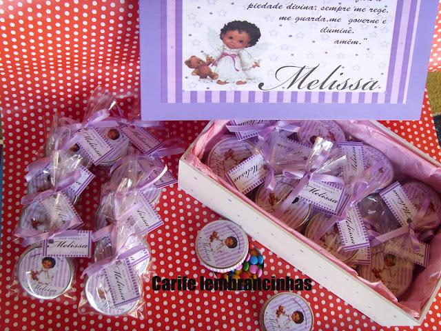 latinha personalizada recheada com confete