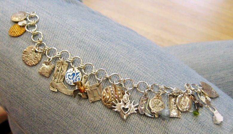 [charm_bracelet.jpg]
