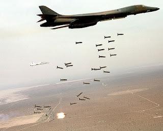 ataque con bombas de racimo