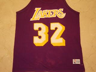 Magic Johnson camiseta 32