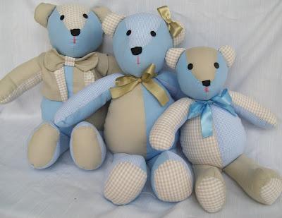 Família Urso, Ursinha Baby e Móbile de Brinquedos…