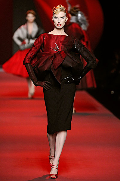 4a8cf5f837 One of The MOST awaited shows of the season. Galliano always has something  wow the crowd! Here are my favourite looks from Dior's Haute Couture show!