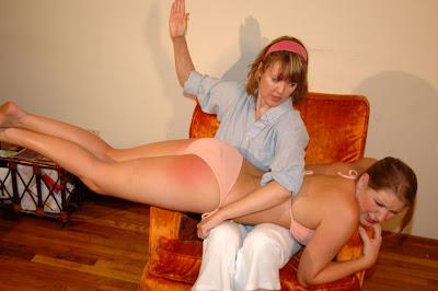 Hannah montana and emily osment nude