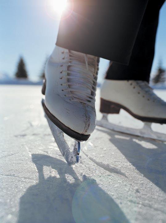 Tips Dan Cara Bermain Ice Skating Dengan Aman
