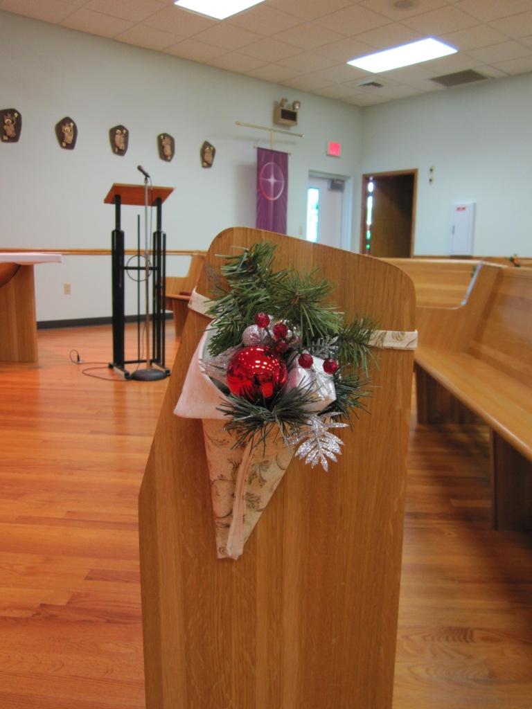 Ruthlynns World Church Christmas Decorating