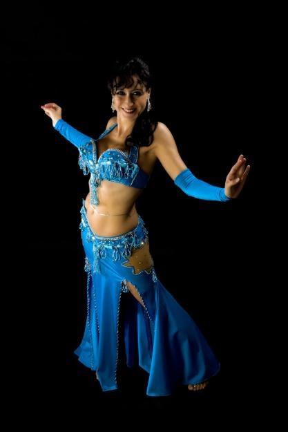 Danza del vientre: Características de la danza arabe