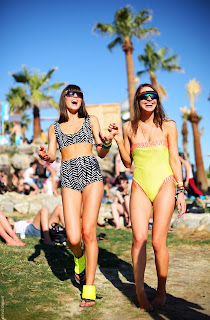 168f42628fa3 California  Two girls soaking up the fun at Coachella festival with 3  different looks. Love the neon brights against the monotones.